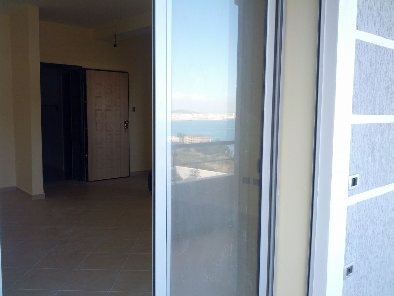 Albania Real Estate. Finished Apartment for Sale in Vlore