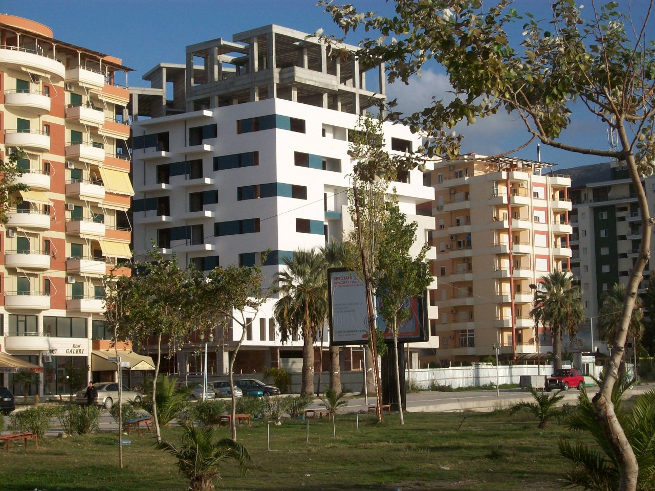 Apartments for sale in Vlora, close to the sea. Beautiful nature and great conditions.