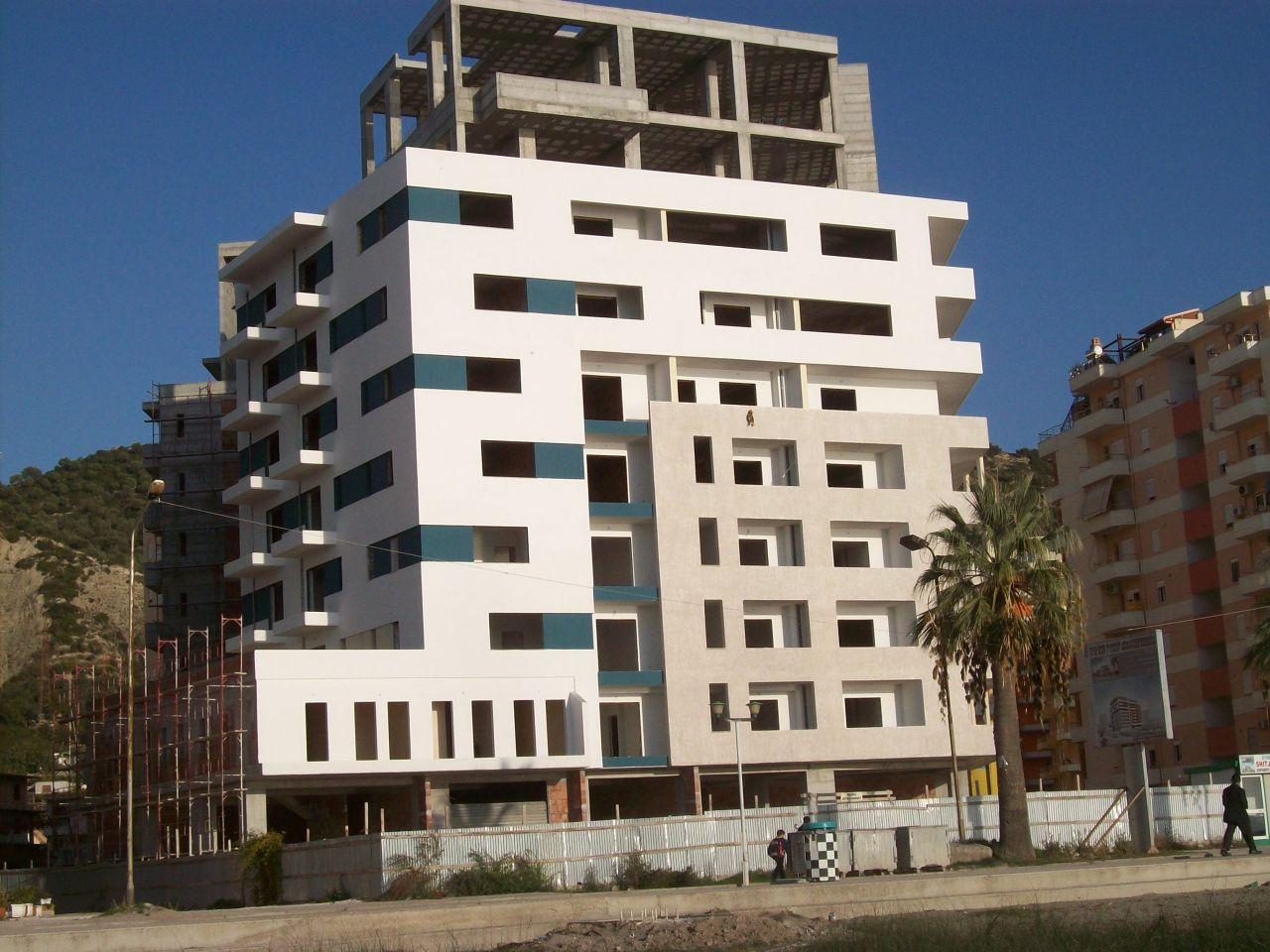Apartamente për shitje në Vlorë, në afërsi të detit. Natyra e bukur dhe kushte të mira.